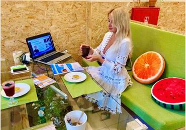 Лекция и консультация от диетолога Юлии Евдокимовой состоится 27 марта в рамках выставки «Продукты питания». Тема: «Почему не получается похудеть?»