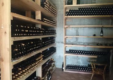 Усадьба «Семигорье» представит на стенде №100 в рамках выставки «Напитки-2021» уникальные сорта вин собственного производства.