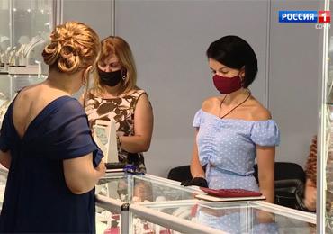 В Сочи открылась главная ювелирная выставка страны.