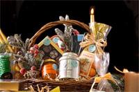 Богатые ряды с товарами на все праздничные случаи ждут вас на выставке  «Кубань. Рождественский базар»!